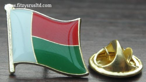 Madagascar Country Flag Lapel Hat Cap Tie Pin Badge Repoblikan'i Madagasikara
